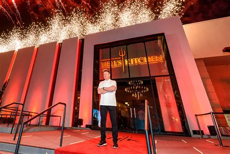 2 patrons burned by flaming drink at Hell's Kitchen Las