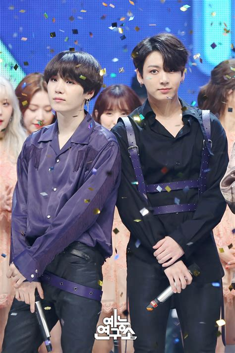 [Picture] BTS 'FAKE LOVE' 1st Place – MBC Show!Music Core