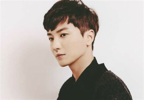 Super Junior's Leeteuk Chosen as MC of New Disney Channel