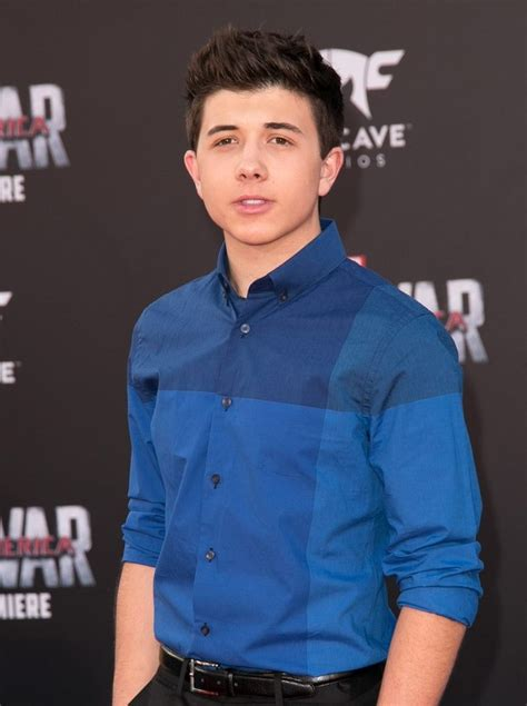 Actor Bradley Steven Perry Wiki, Bio, Age, Height, Affairs
