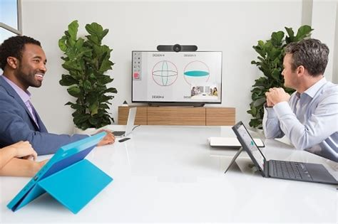 Logitech MeetUP - All-in-One ConferenceCam with 120° field