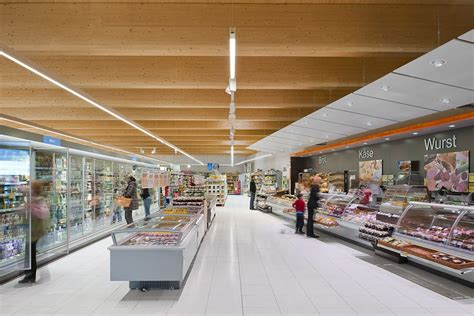 SPAR Opens First LED-only Lighting Supermarkets in Vienna
