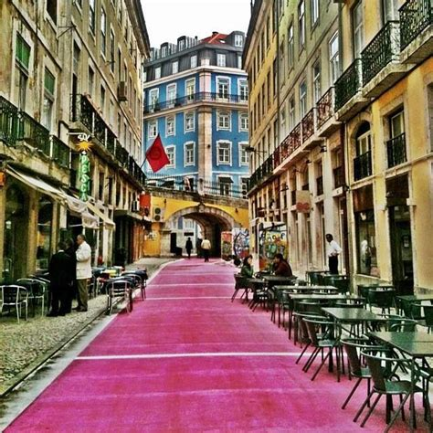 """Lisbon """"pink street"""" is the epicentre of the bohemian"""