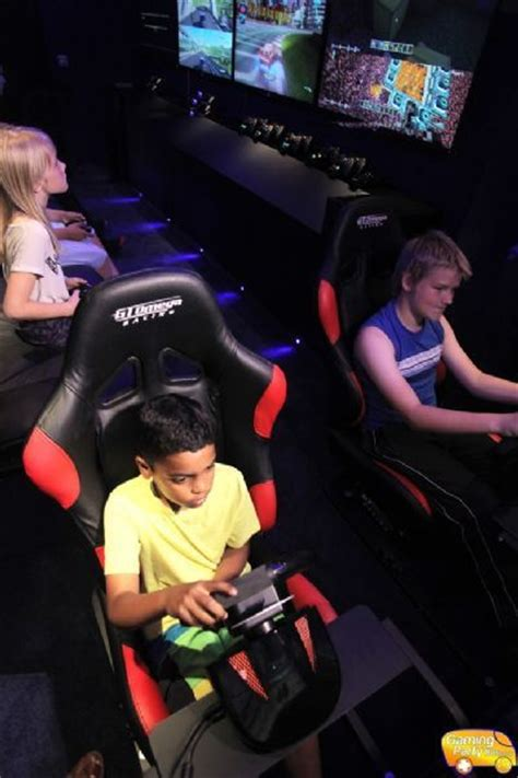 Gaming Party Bus™ - Children's Entertainer in Chiswick