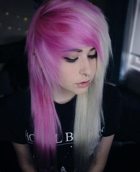 30 Creative Emo Hairstyles and Haircuts for Girls in 2020