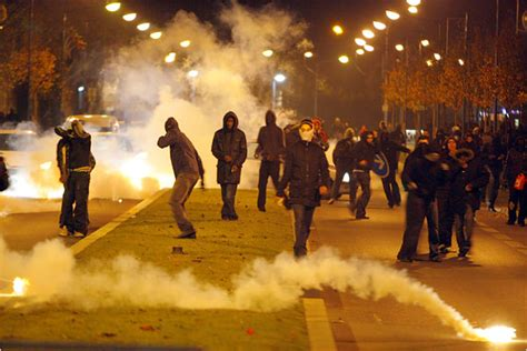 FRANCE: Suburbs are becoming violent, crime-ridden Muslim